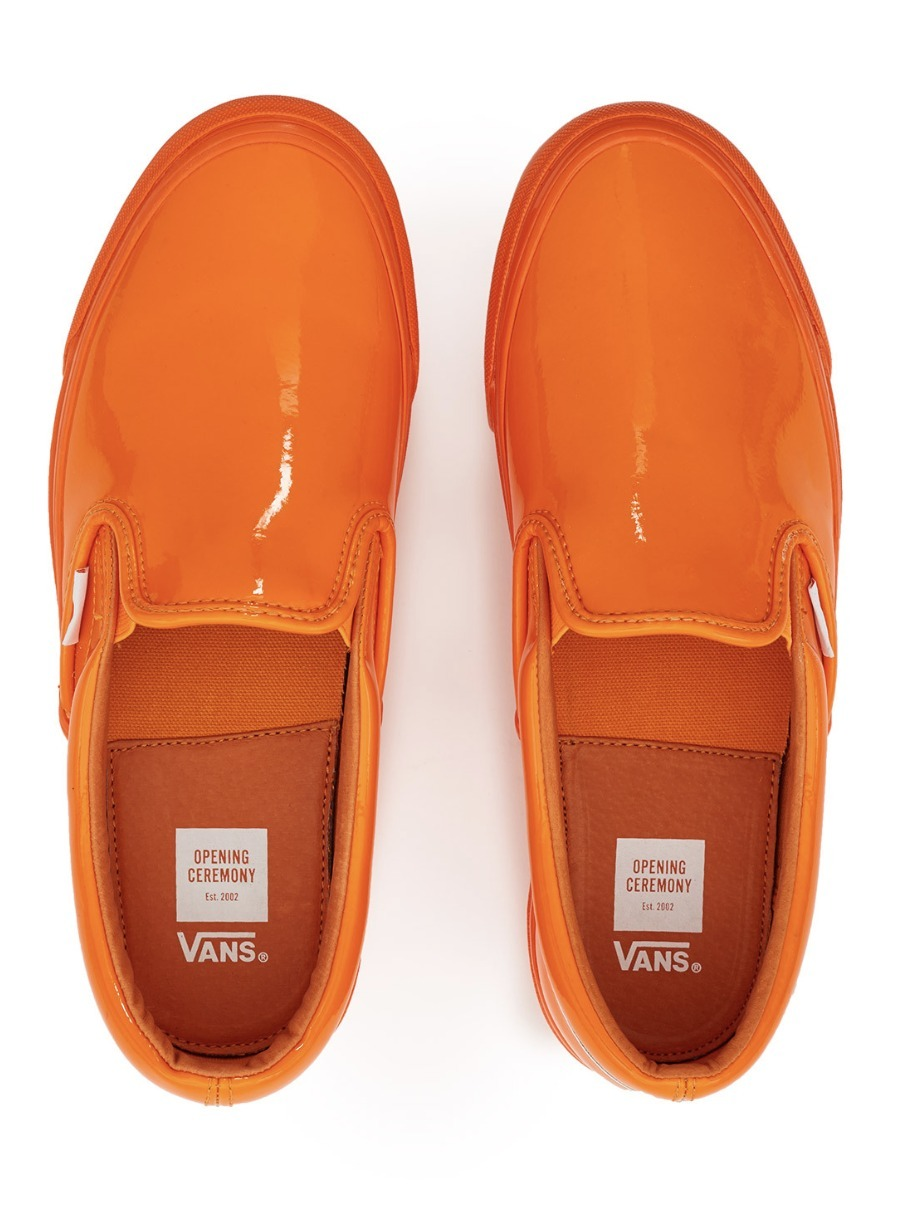 VANS x OCコラボ LEATHER GLOSSY OG CLASSIC SLIP ON