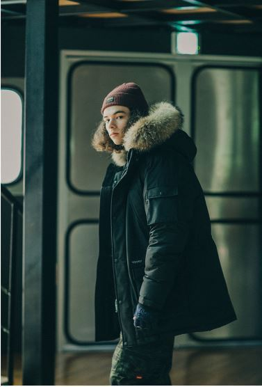 COVERNATの17A/W DUCK DOWN WOLVERINE PARKA MID-LONG 全3色
