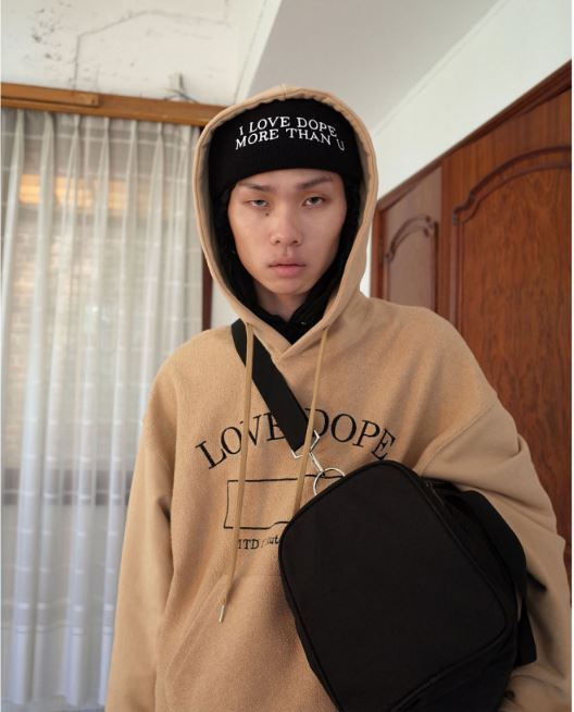 more than dope(モアザンドープ)のReversed hoodie 全2色