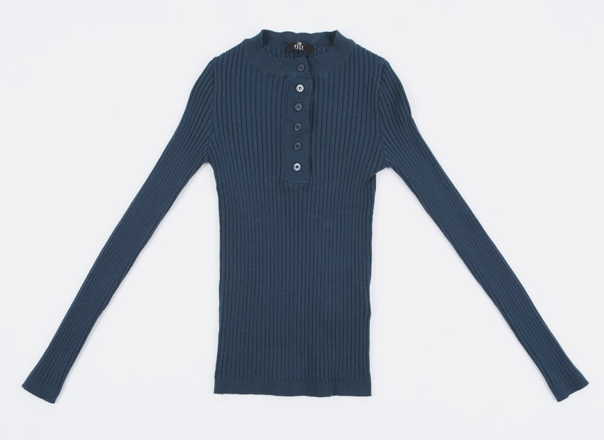 Partial Button Placket Ribbed Top