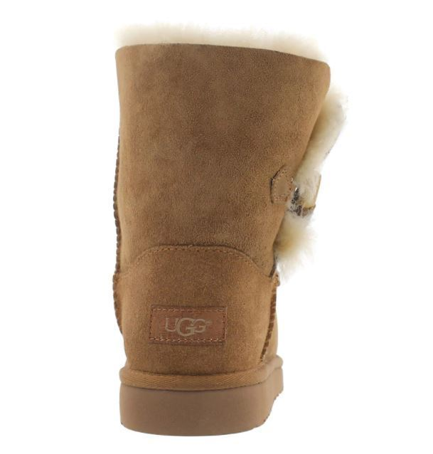 【送料込】大人もOK★UGG Girls' EBONY sheepskin toggle boots