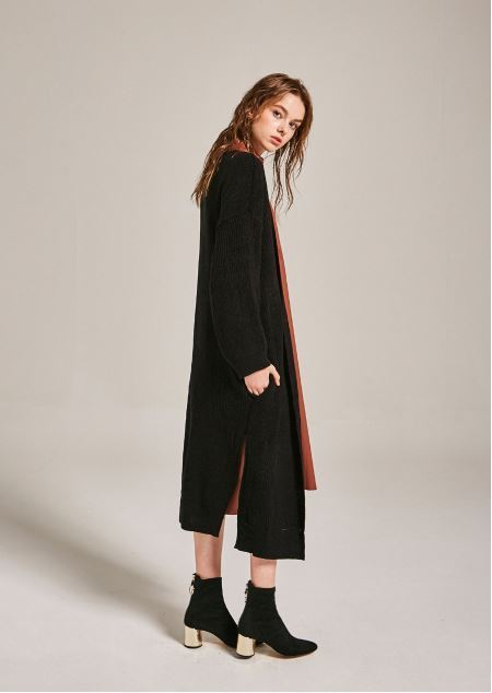 日本未入荷YAN13のLOW LAND SLIT CARDIGAN