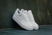 ★WMNS★[NIKE]AIR FORCE 1 UPSTEP【送料込】