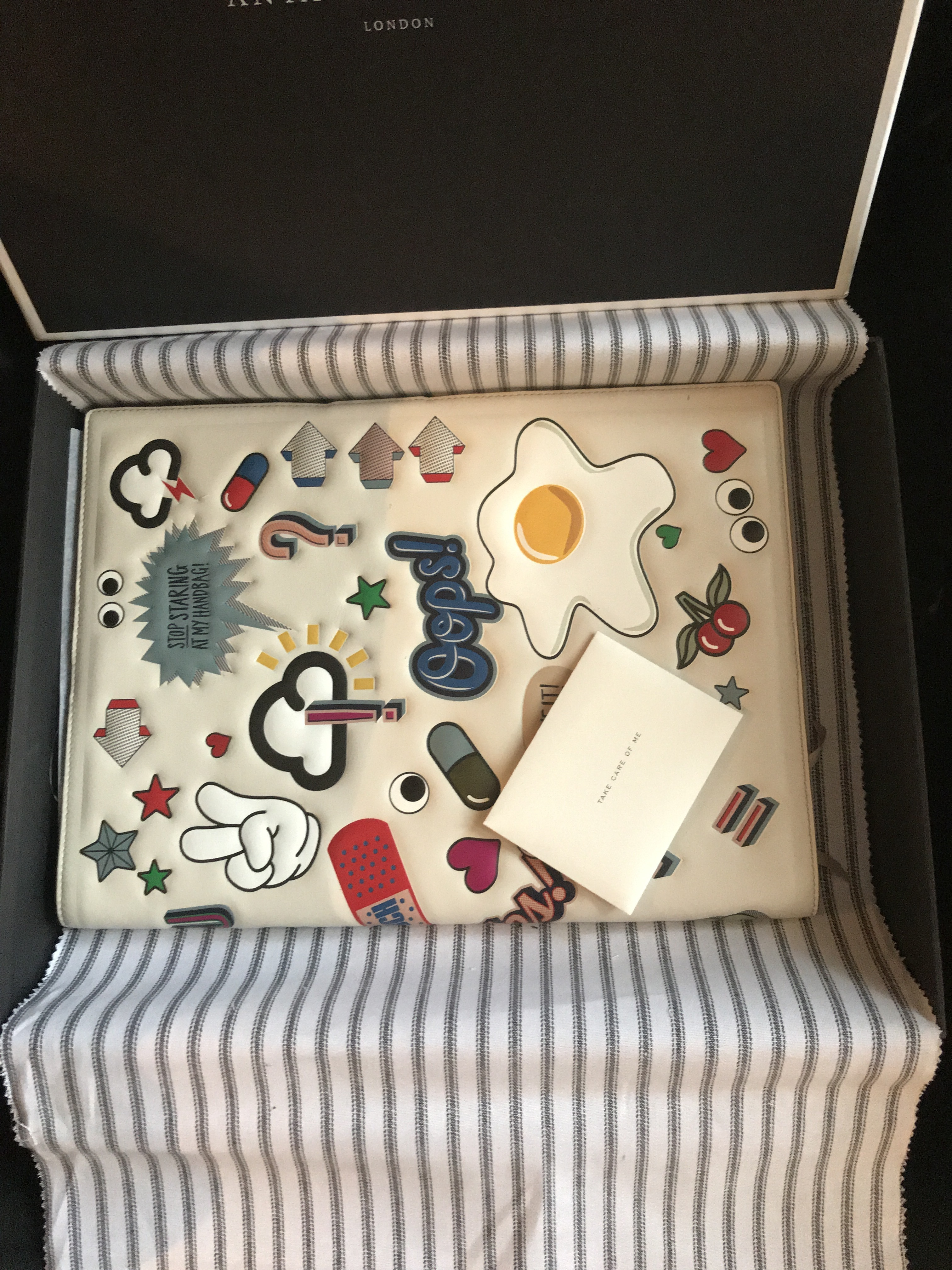 ANYA HINDMARCH All Over Stickers レザー A4 ノートブック