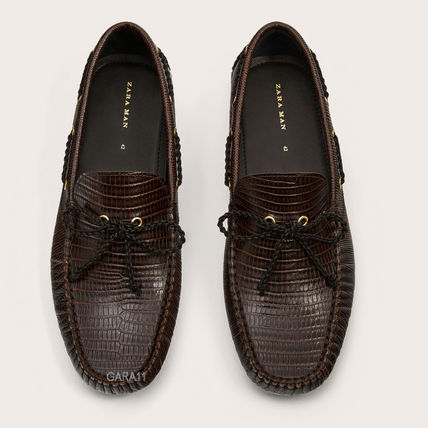●ZARA●秋新作EMBOSSED LEATHER LOAFERS WITH MOCK CROC EFFECT