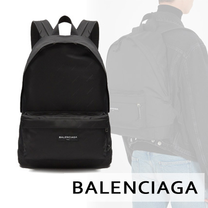【BALENCIAGA】Logo-print nylon backpack