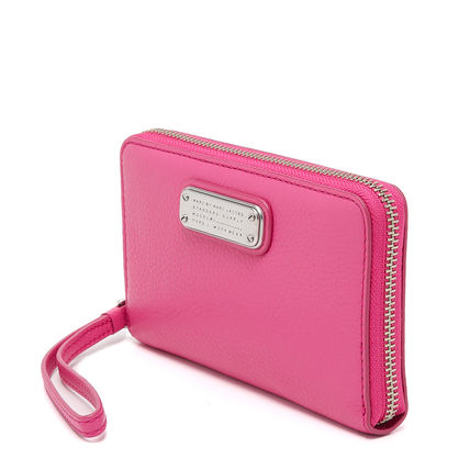 Marc by Marc Jacobs スマホケース・テックアクセサリー Marc by Marc Jacobs New Q Wingman Wallet 長財布 スマホケース