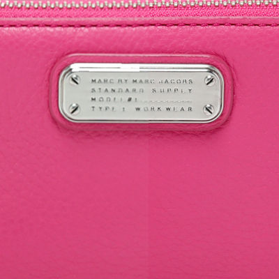 Marc by Marc Jacobs スマホケース・テックアクセサリー Marc by Marc Jacobs New Q Wingman Wallet 長財布 スマホケース(3)