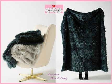 18AW*最安値*関送込【Anthro】Chevron Faux Fur Throw Blanket