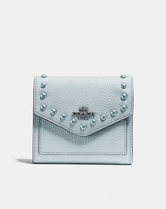 coach コーチ財布 Polished Pebble Leather With Lacquer Rivets