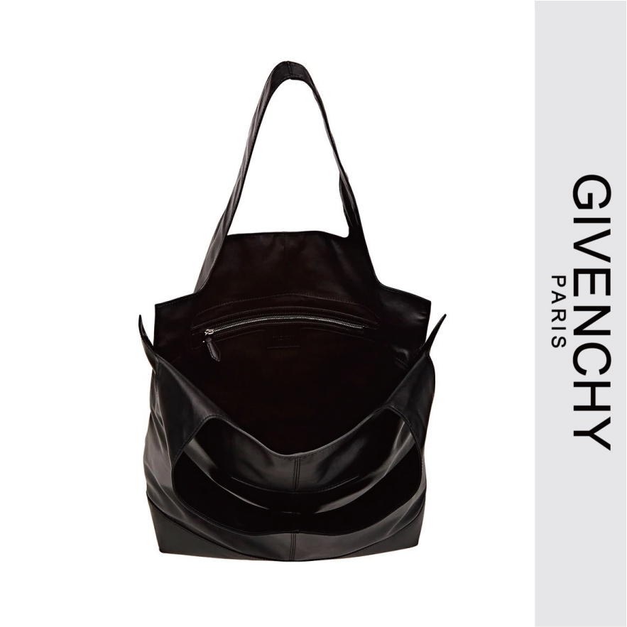 GIVENCHY T-シームブラックトートバッグ