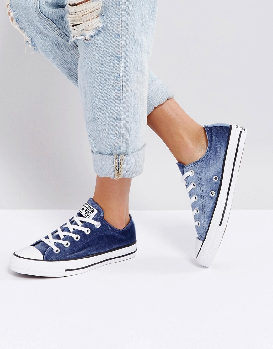 Converse Chuck Taylor Ox Trainers In Navy Velvet