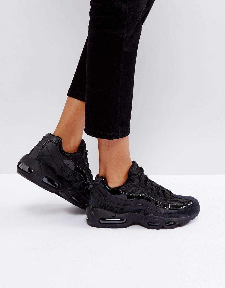 Nike Air Max 95 Trainers In All Black
