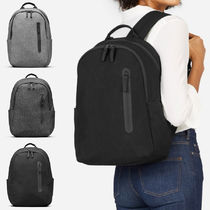 EVERLANE The Nylon Commuter Backpack