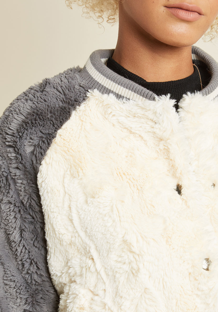 ◎送料込◎ all fuzz and games faux-fur jacket
