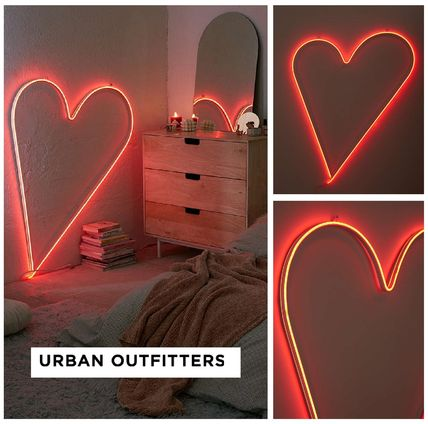 Urban Outfitters☆Big Heart Neon Sign