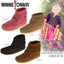 即日発送★Minnatonka Kids Double Fringe Side Zip★