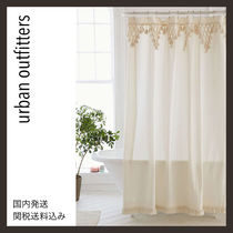 urban outfitters★新作 キュートなフリンジシャワーカーテン