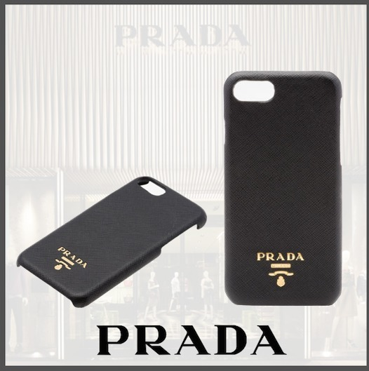 PRADA iphoneカバー 1ZH035_QWA_F0002 ☆