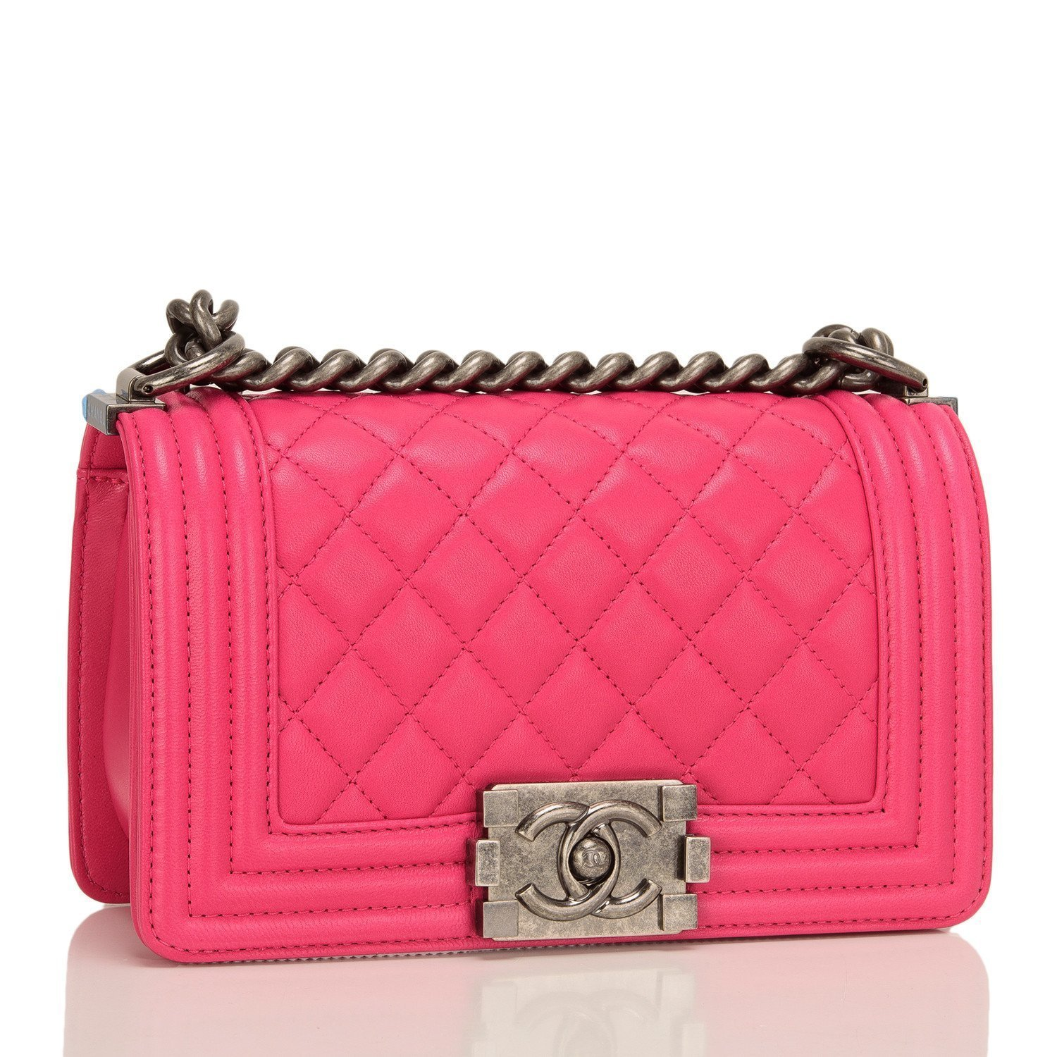 稀少 CHANEL(シャネル)  Pink Quilted Lambskin Small Boy Bag