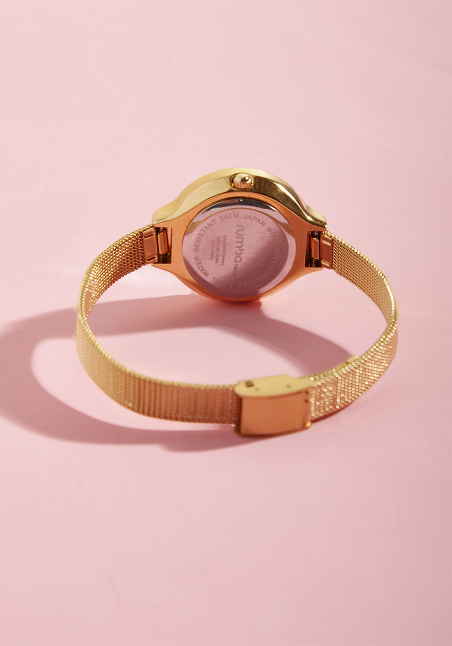 ◎送料込◎ the bevel is in the details watch in gold