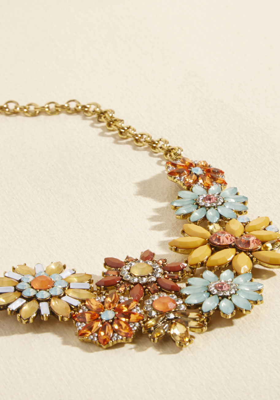 ◎送料込◎ going, going, garden statement necklace