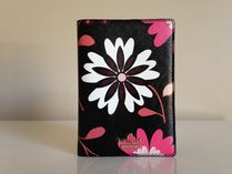 Kate Spade CAMERON STREET CASA FLORA PASSPORT HOLDER 即発送