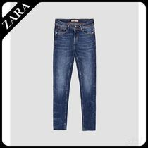 ★ZARA★ザラ  MID RISE JEANS WITH GEM BUTTON