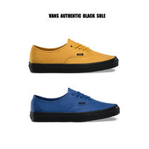 VANS★AUTHENTIC★BLACK SOLE★兼用★25.5~29cm★2色