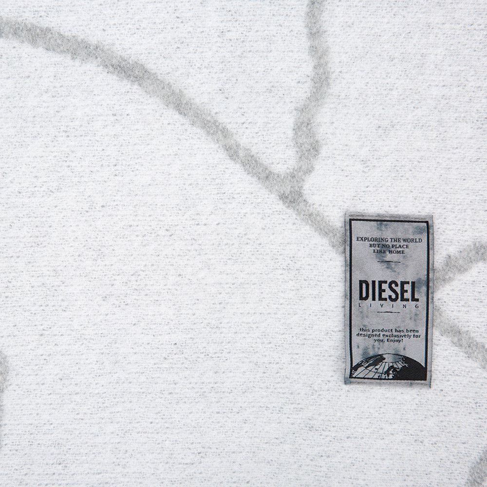 【DIESEL】ラグジュアリー☆Crackle Wool Throw  135x180cm