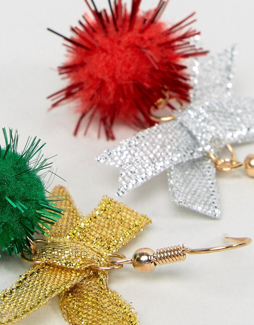 ◎送料込み◎ ASOS Christmas Pack of 2 Pom Earrings