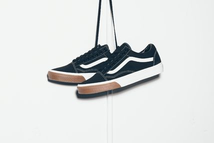 【送料無料】VANS OLD SKOOL (GUM BUMPER) - BLACK/WHITE/GUM
