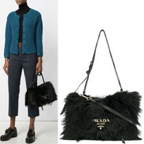 PR809 FUR & LEATHER ETIQUETTE SHOULDER BAG