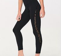 [lululemon]♥Hold and Let Flow 7/8 Tight LUXTREME