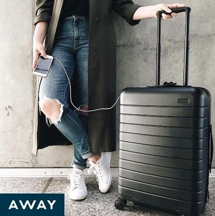 AWAY スーツケース 速達発送★AWAY★USB電源付き機内持込みスーツケース38L12色あり