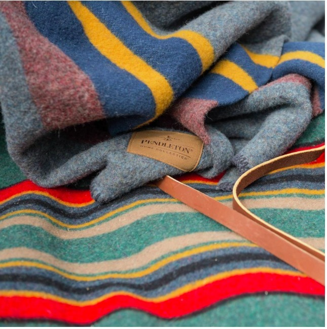 セール!ペンドルトンPendleton Camp Throw Blanket