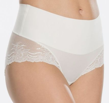 SPANX ショーツ Undie-tectable Lace Hi-Hipster Panty(3)