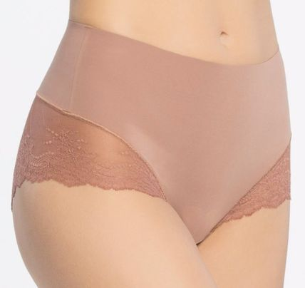 SPANX ショーツ Undie-tectable Lace Hi-Hipster Panty(5)