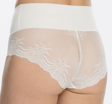 SPANX ショーツ Undie-tectable Lace Hi-Hipster Panty(12)