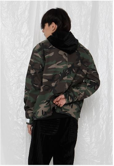 日本未入荷 ROCKET X LUNCHのR TAPED CAMOUFLAGE JACKET