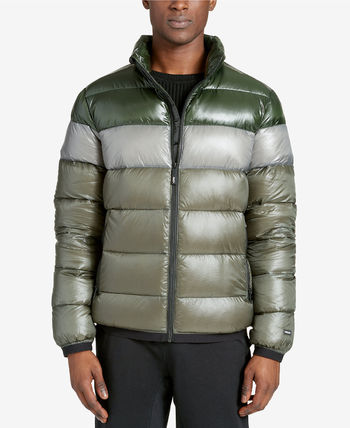 DKNY  Essential Puffer Jacket 全 8色