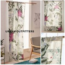 Urban Outfitters☆Elle Floral Blackout Window Panelカーテン