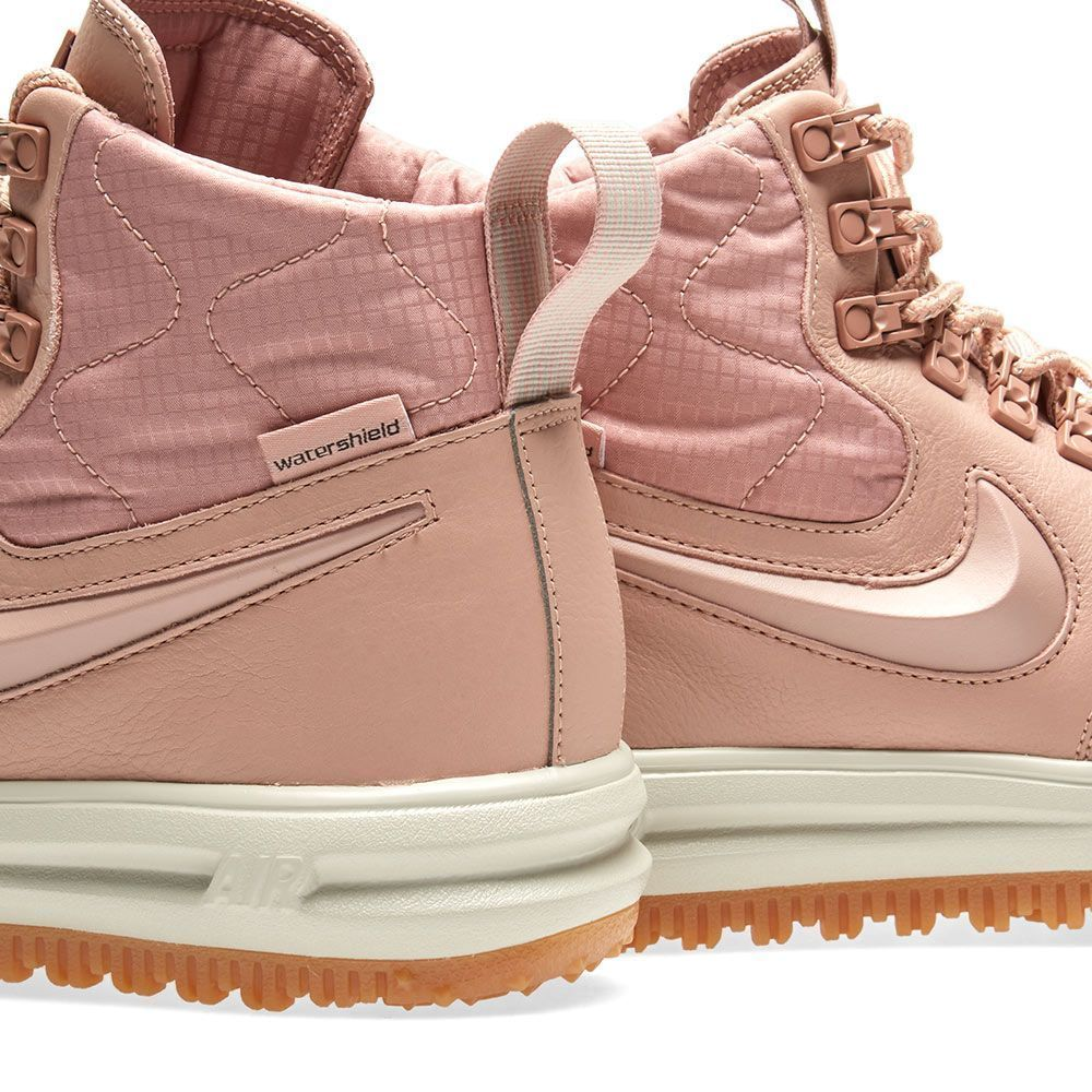 【NIKE】LUNAR FORCE 1 DUCKBOOT レディースPINK