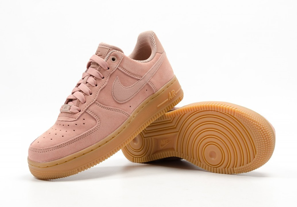 人気【ナイキNIKE ]☆WMNS AIR FORCE 1 '07 SE★AA0287-600☆