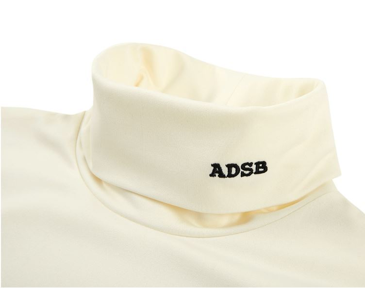 ANDERSSON BELLのADSB EMBROIDERY TUTLENECK L/S JERSEY atb175m