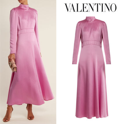 25ans12月号掲載★RUNWAY★VALENTINO★Long-sleeved satin dress