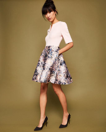 AW17-18★TED BAKER★花柄ジャガードワンピース