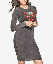 GUESS Double-Triangle Logo Graphic T-Shirt Dress