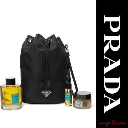 PRADA メイクポーチ 【国内発送】PRADA Vela leather-trimmed shell cosmetics case(2)