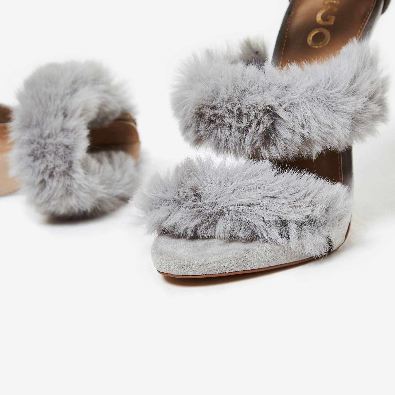 【送料関税込み】Hadea Fluffy Heel In Grey Faux S EGO☆ヒール